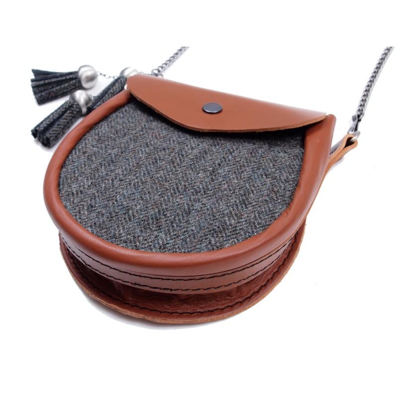 5e982103dd ... Ladies  Tweed Sporran Shoulder Bag ...